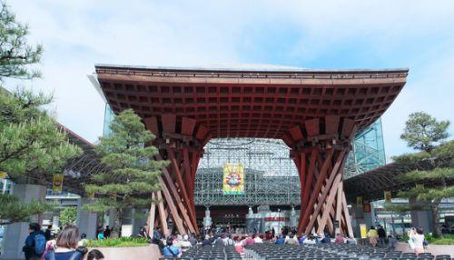 ♪日本真ん中らへん鉄道の旅2017初夏♪第36話『世界で最も美しい駅のひとつ「金沢駅」。スタイリッシュだね~』