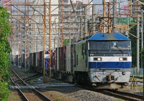 5月16日撮影 南武支線 川崎新町駅 EF210-901号機を撮る