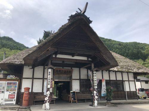 会津鉄道 トロッコ風号 運行開始したノラとと列車に揺られ湯野上温泉駅から七日町駅まで