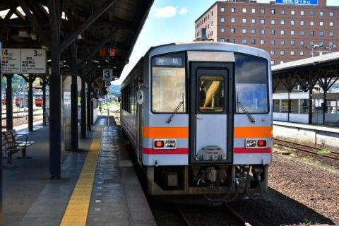 姫新線 津山駅から西へ車窓を眺めながら