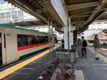 漫然と終点古河駅まで乗ってしまいましたが、なんと状況が変わり15時まで東北本線運休だそうです…