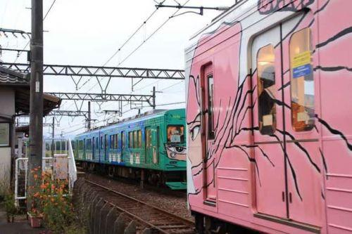 伊賀忍者 鋭い眼光 ・ 伊賀鉄道(三重県)