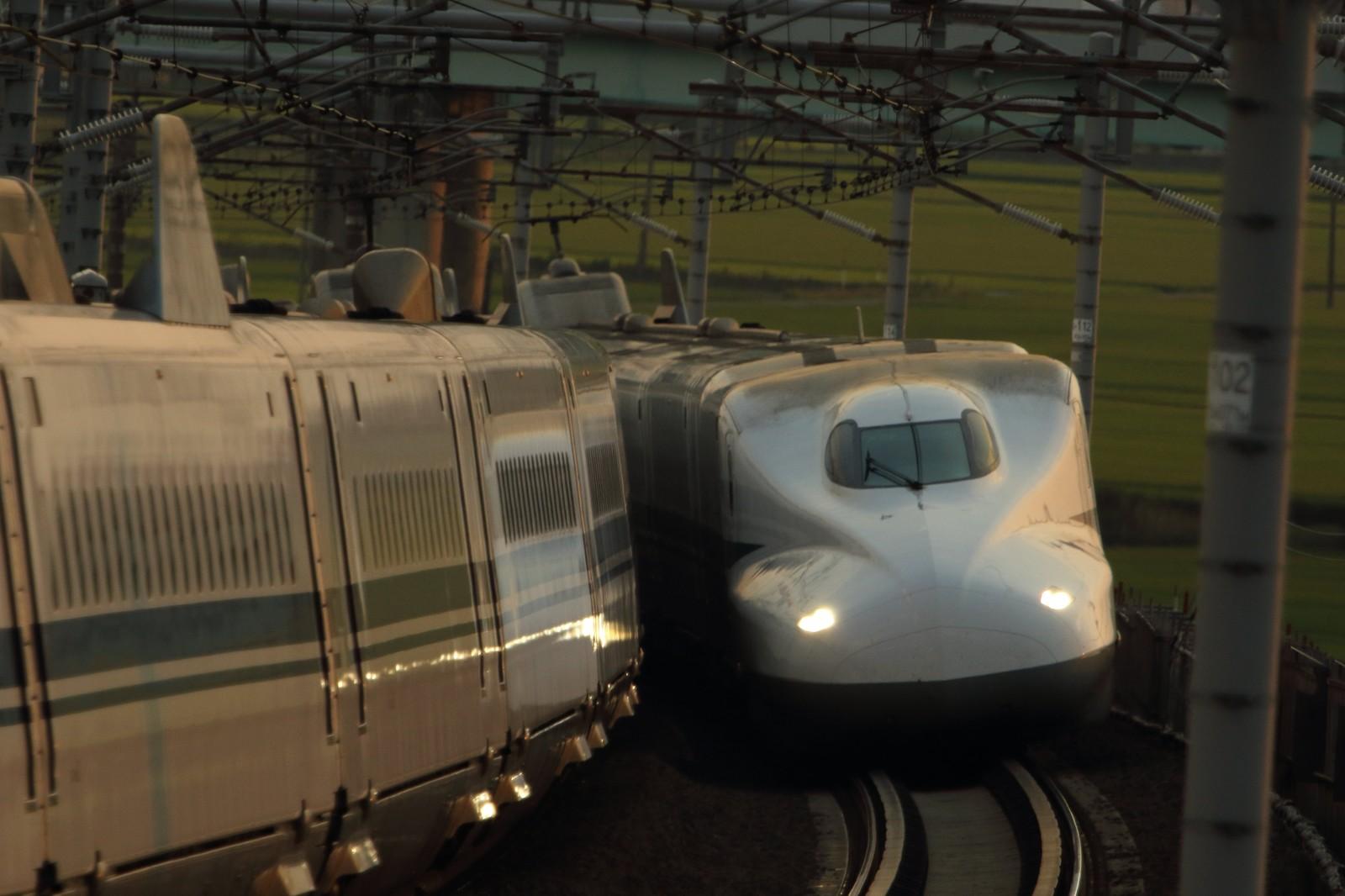 【労働環境の悪化が原因か?】鉄道運転士の居眠り多発!